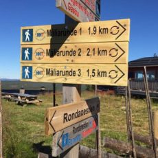 Turstier i området rundt Målia