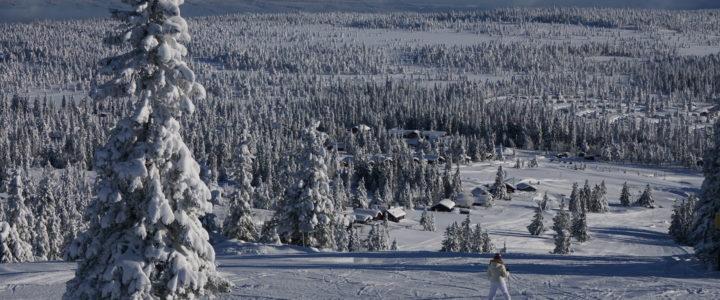 Åpningstider i Budor Ski- og kjelkeanlegg